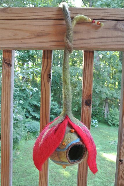 Wow: wet-felted birdhouse