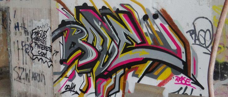 summertime graffiti kraków  prefabet