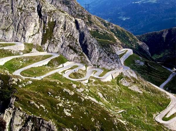St Gotthard Pass in der Schweiz (Offen von ca. Juni bis Ende Oktober)