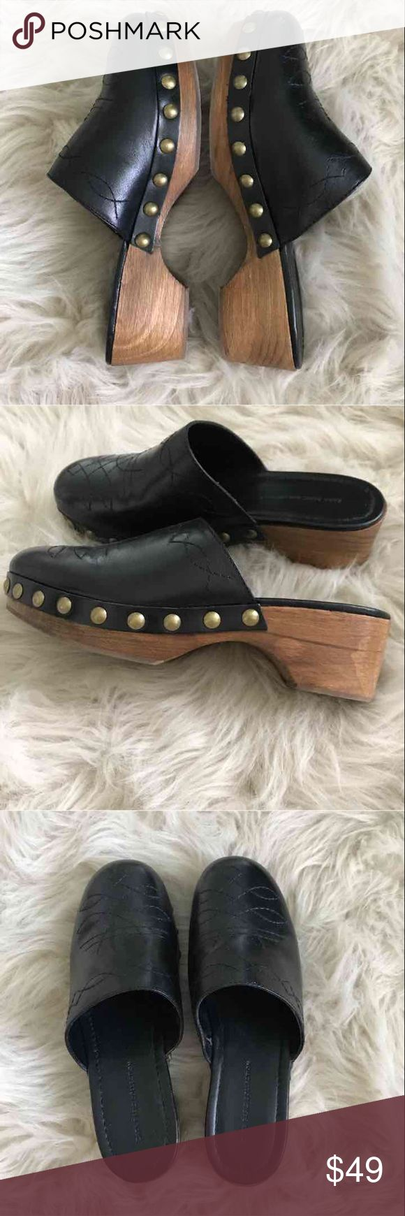 Zara wooden clogs worn 1 time Beautiful real wooden leather clogs by Zara, worn 1 time. Only selling because they are a bit too big for me:/ Zara Shoes Mules & Clogs