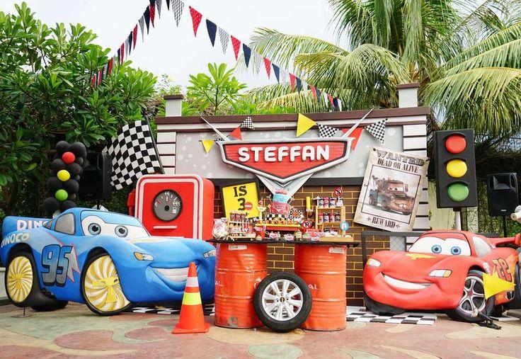 Cars (Disney movie) Birthday Party Ideas |The fantastic set up