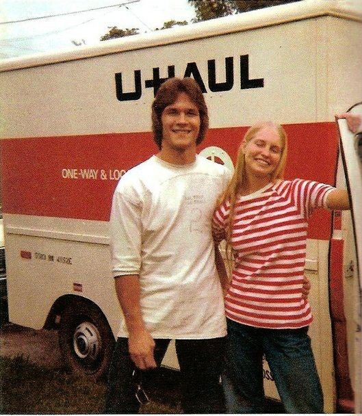 Patrick Swayze and Lisa Niemi.                                                                                                                                                                                 Más