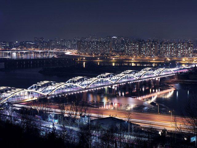 Hangang bridge, Seoul, Korea