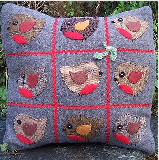 Robin cushion by Bustle Sew