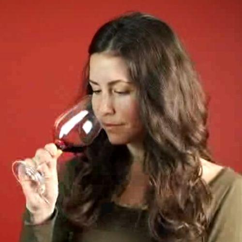 Hoe moet je rode wijn proeven?