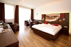 Zimmer mit Sauna #intirol #winterurlaub www.zum-senner.at Best price for direct booking