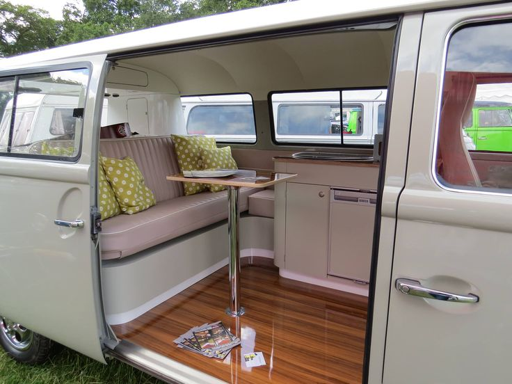 25 best kombi interior ideas on pinterest volkswagen for Vw kombi interior designs