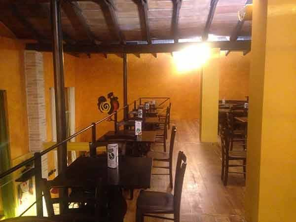 "Allestimento ""Daytona Pub"" a Piacenza  Sgabelli, Tavoli, Panche e Sedie Maieron SNC Arredo Pub   www.mobilificiomaieron.it - 0433775330 - https://www.facebook.com/pages/Arredamenti-Pub-Pizzerie-Ristoranti-Maieron/263620513820232"