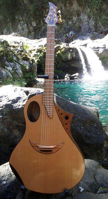 842 best 4 5 6 strings images on pinterest acoustic guitar acoustic guitars and music. Black Bedroom Furniture Sets. Home Design Ideas