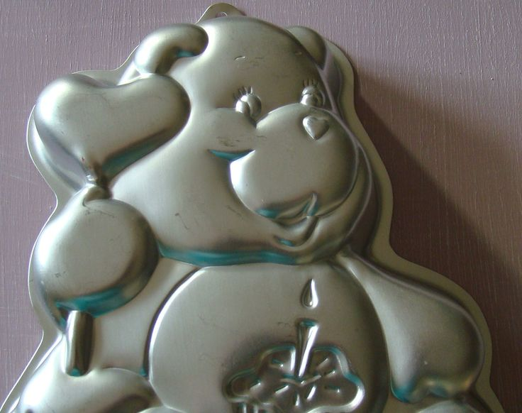 Carebear Cake Pan. Carebears and Cake? Yes please.  #carebear #carebears #cakepan #80s #ilovethe80s #eightieskids #80stoys https://www.etsy.com/ca/listing/222474474/care-bear-cake-pan-from-the-1980s-wilton?ref=shop_home_active_16