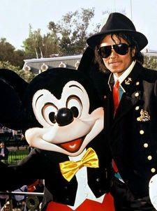 マイケル·アンド·ミッキー·マウス·マイケル·ジャクソン24254853-225-302