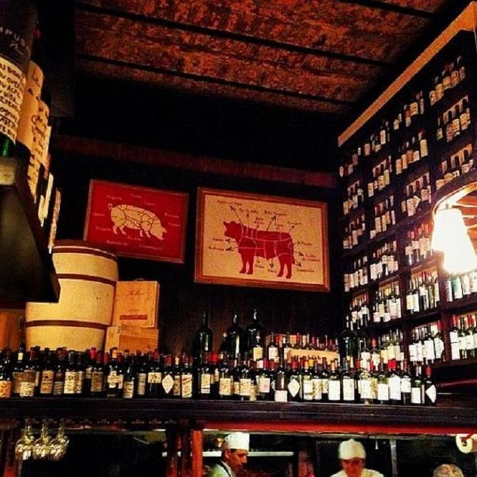 ARGENTINA // Buenos Aires' 10 Amazing Steakhouses and Churrasquerías// http://theculturetrip.com/south-america/argentina/articles/buenos-aires-10-amazing-steakhouses-and-churrasquer-as/