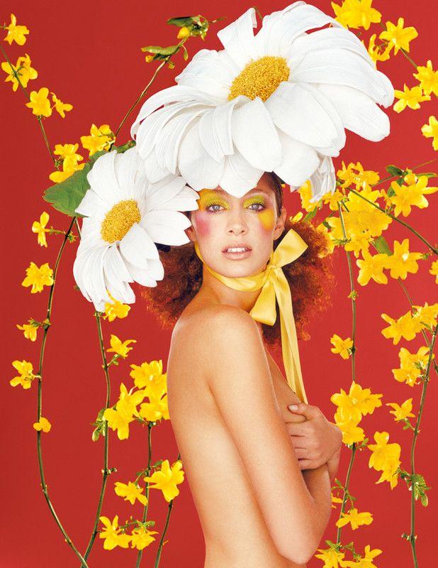 Juan Gatti - Photographers - Editorial - Vogue Espana A Flor De Piel | Michele Filomeno