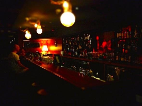 Mojo Record Bar   Sydney   The Thousands