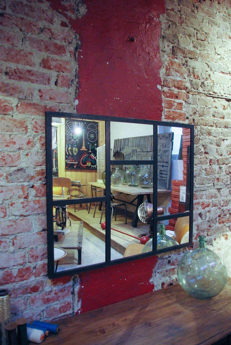 Miroir industriel par le Marchand d'Oublis – Johan