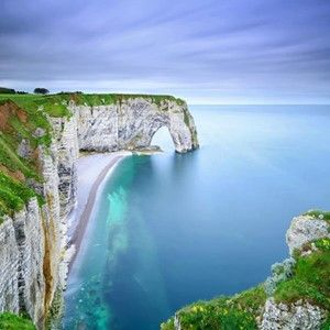365 WONDERS OF THE WORLD: #52  The sea cliffs of Etretat in France, are world-famous for their naturally-formed archways. Etretat is famous for its three natural arches and white chalk cliffs that tower high over the Atlantic Ocean.  Read more here>> http://www.travelstart.co.za/lp/europe/france  #365wondersoftheworld #france #europe