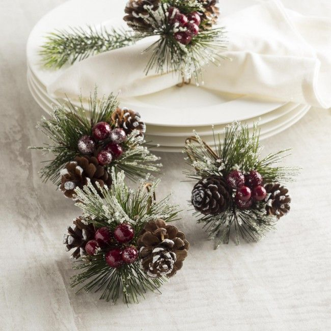 Add a simple touch of festive cheer to your table setting with these beautiful napkin rings.