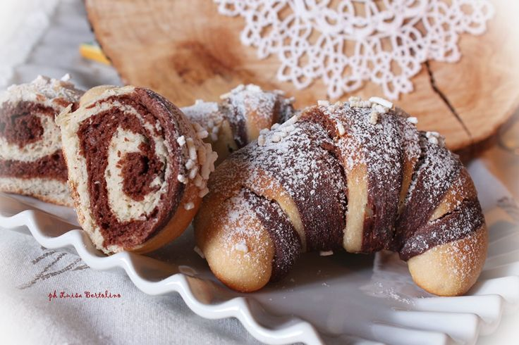 Cornetti bicolore cacao e vaniglia