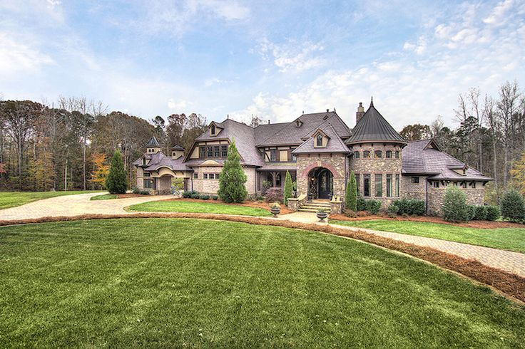 French Country Estate, Weddington, North Carolina - Browse luxury mansions while dreaming of your very own multi-million dollar house, filled to the brim with everything your heart desires.