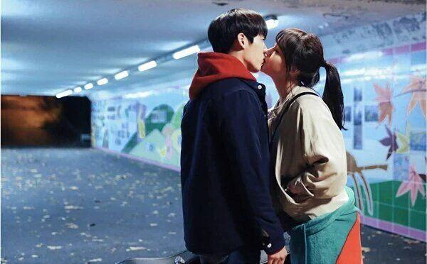 Girl's Day Minah & BTOB's Minhyuk share first kiss scenes [More Image] >> http://kpopselfie.blogspot.com/2015/11/girls-day-minah-btobs-minhyuk-share.html