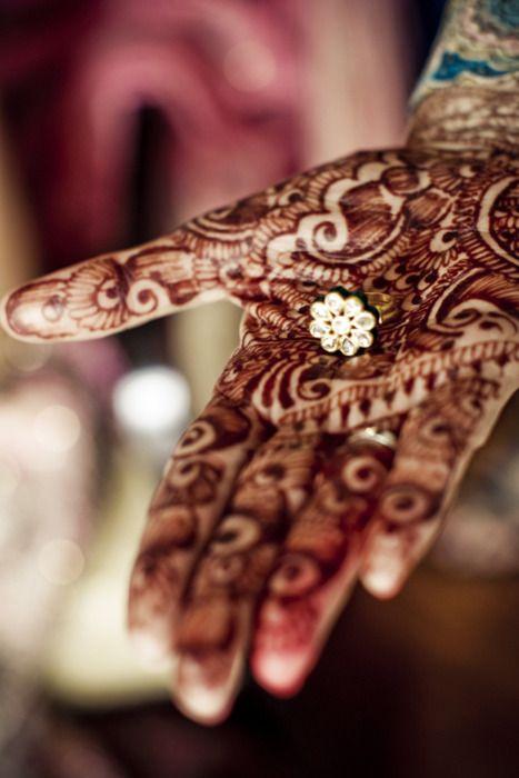 Indian Bride, Pakistani Bride, Indian Wedding, South Asian Bride Magazine: {Real Wedding - Mona + Aunish} Part 1