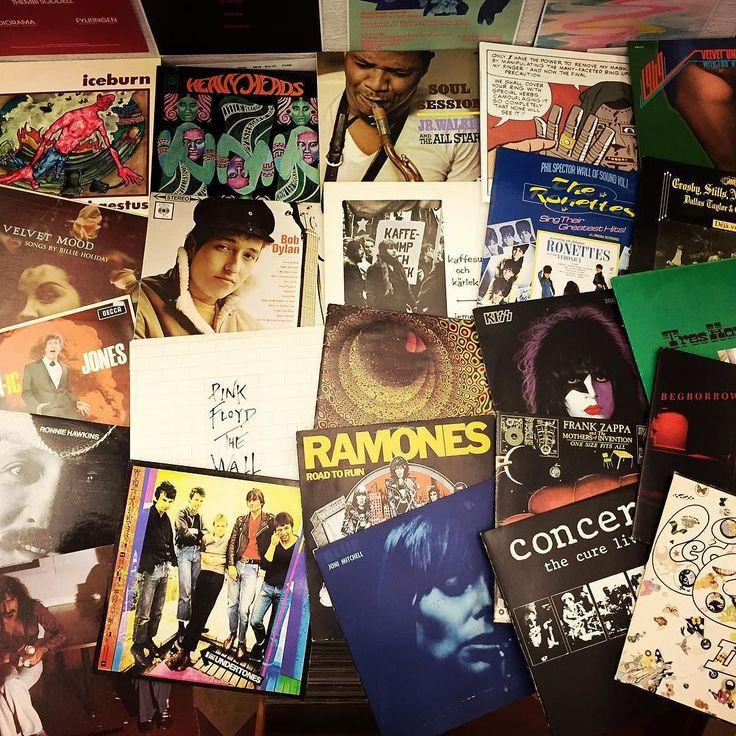 Hej!   Kaffesump och kärlek. We always need a lot of used vinyl! Please let us know if you have anything for sale. anidealforliving@live.se  Vinylskivor köpes! Kontant betalning och hämtning på plats. We are open thursday between 1-7…