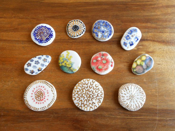 Porcelain brooches by Janine Flew. Made at a workshop with Vicki Grima at Sturt Craft Centre, Mittagong, July 2016.