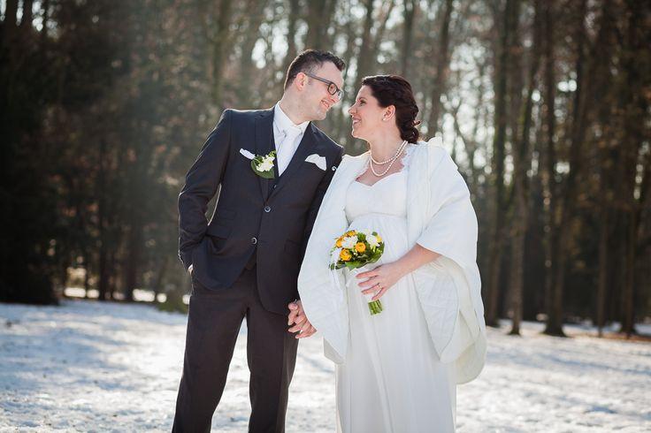 Winterhochzeit in Steyr. Brautpaar. Wedding. Winter.