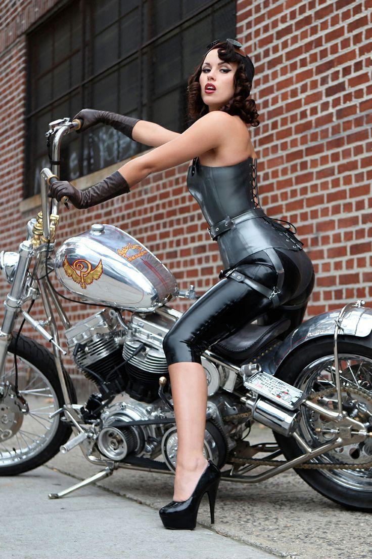 Woman's body Harley girls chicks butt ass damn she's