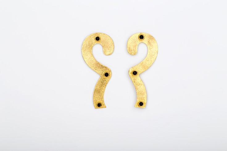 Perpetuity Earrings _Onyx - Gold plated