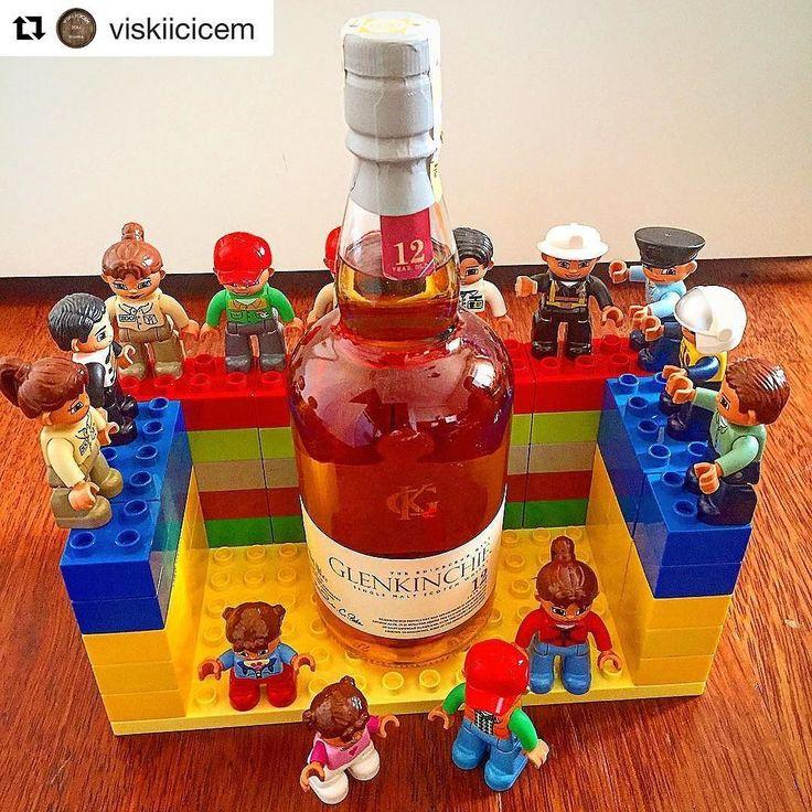 Toys for Big Boys! I guess this set is called 'A happy day in the Lowlands'  #Repost @viskiicicem with @repostapp  #whiskey #whisky #slainte #viski #balvenie #balvenie15 #viskizamanı #viskim #viskiler #viskitutkusu #viskigurme #singlemalt #malt #dram #scotch #blended #single #sınglebarrel #cask #sherrycask #whiskytasting #bourbon #burbon #whiskyporn #tadim#viskitadim  #vintage #glenfiddich