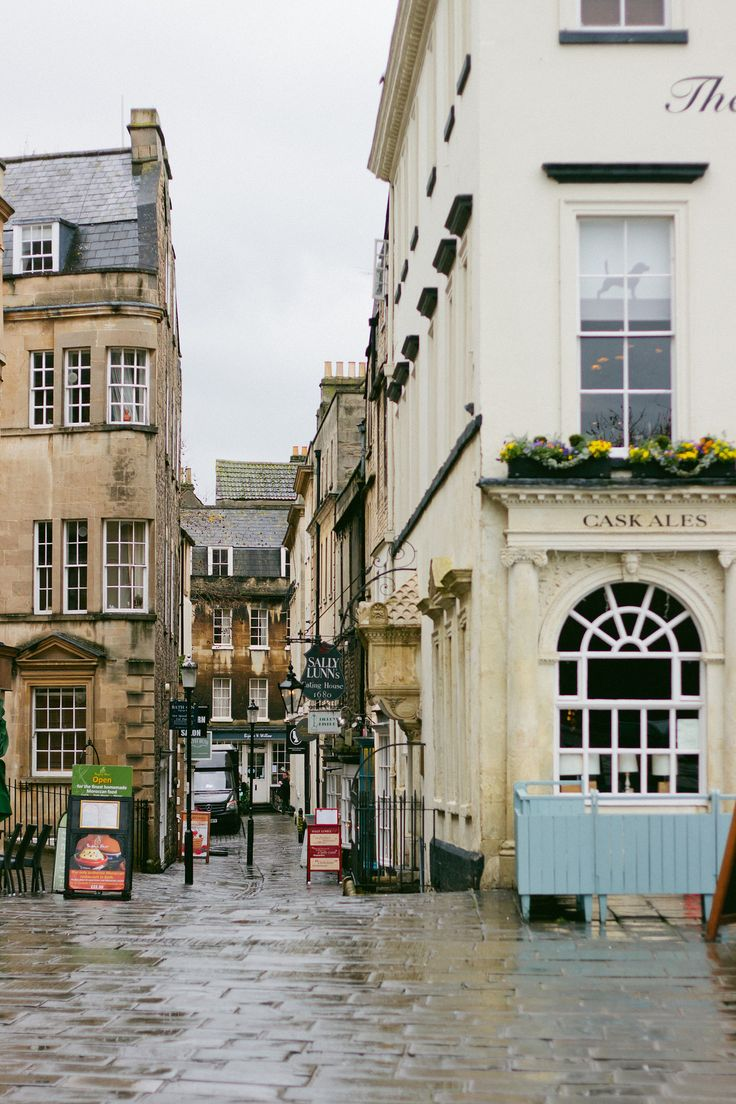 {one night in Bath} via chevrons & éclairs