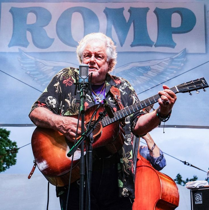 """A legitimate sage in the world of Americana and Bluegrass Music. Peter Rowan was a guitarist for legendary Bill Monroe. Teamed up with David Grisman in Earth Opera. Later they formed Old and in the Way with great Jerry Garcia. My favorite album by Peter Rowan is """"Reggaebilly"""". @rompfest #peterrowan #peterrowanband #bluegrass #progressivebluegrass #folk #countrymusic #countryrock #folkrock #psychedelic #texmex #musicfestival #musicphotography #pocket_tunes #igw_rock #ig_rock_details…"""