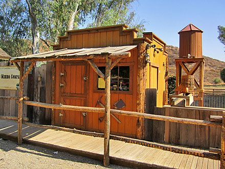 2142c4eb38eb20df4e0e06d348a65a8f--shed-builders-rustic-shed Rustic Smokehouse Plans on rustic casing, rustic smoker pits, rustic seafood, rustic bar mirrors, rustic gala,