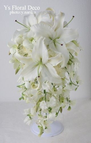 ユリのキャスケードブーケ ys floral deco @ウェスティンホテル東京