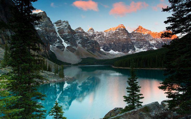 banff national park, alberta, канада, озеро морейн, природа, озеро, речка, красиво, рыбалка, луг, солнце