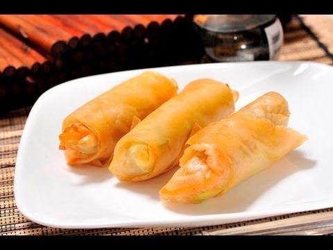Rollos primavera. Los rollos primavera son tradicionales de la cocina china, se rellenan de verduras cortadas en juliana yen algunos casos llevan carne de puerco o de pollo.