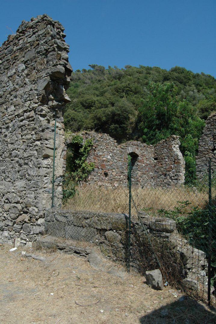 Dolceacqua (IM)  un vecchio mulino
