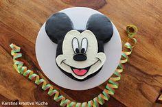 Fondant, Schritt für Schritt Anleitung, step by step, Kindergeburtstag, birthday party, Micky Maus, Mickey Maus, Micky Mouse, Mickey Mouse, Micky Maus Wunderhaus, Kuchen, Torte
