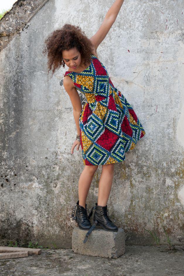 Batik-Kleid Afrika // batik dress Africa by KOKOworld via DaWanda.com
