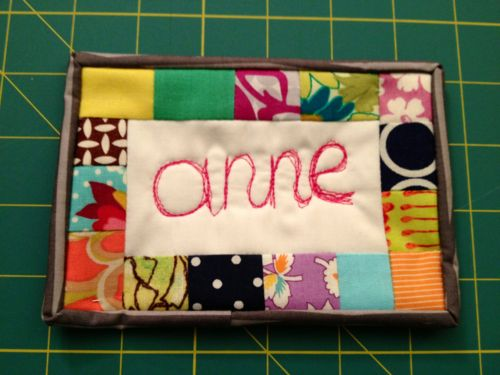 Super cute idea for a name tag! I really love this.  reblogged fromcarolinaanne:    I made this name tag for the Portland Modern Quilt Guild meeting tomorrow! I used scraps of fabric and free-motion quilted my name using my BSR.