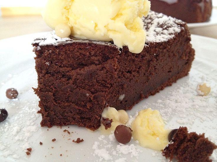 Tarta de chocolate sin harina                              …