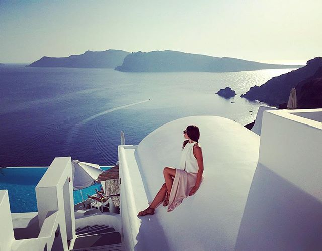 Hey beautiful #Santorini! #AegeanSea Photo credits: @saraloritz