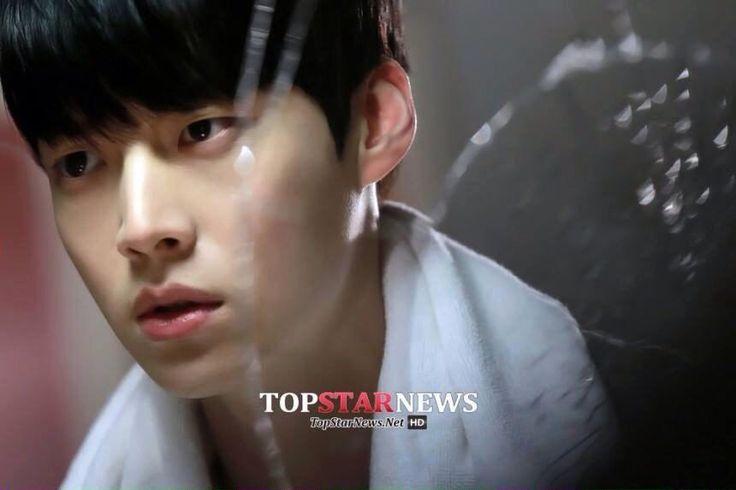 Ghim trên Blood Korean drama