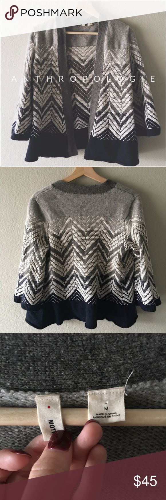 ❄️❄️❄️• Anthropologie Moth Cardigan Awesome condition! Love the different tones of grey with the zig zag effect. The stitching detail is so incredible Anthropologie Sweaters Cardigans