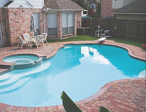 Simple Pool/spa Design  With Spa Raised Up Higher With Overspill Into Pool  | Home Sweet Home | Pinterest | Simple Pool, Spa Design And Pool Spa  Pool And Spa Designs