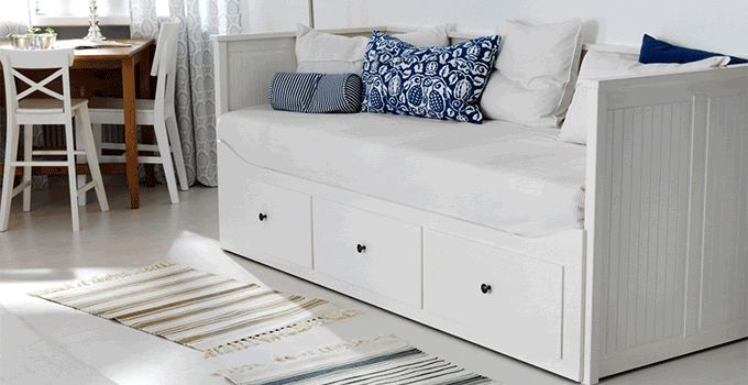 Hemnes sofa bed with 3 drawers 2 mattresses white for Cama hemnes