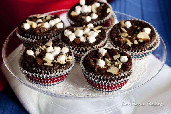 Rocky Road Brownie Bites: Rocky Road Brownie Bites, Pastry Candy Birthday Ideas, Pop Recipes, Bakin Brownies, Cookies Bars Brownies, Baker S Delight, Bits Recipes, Rocky Road Brownies