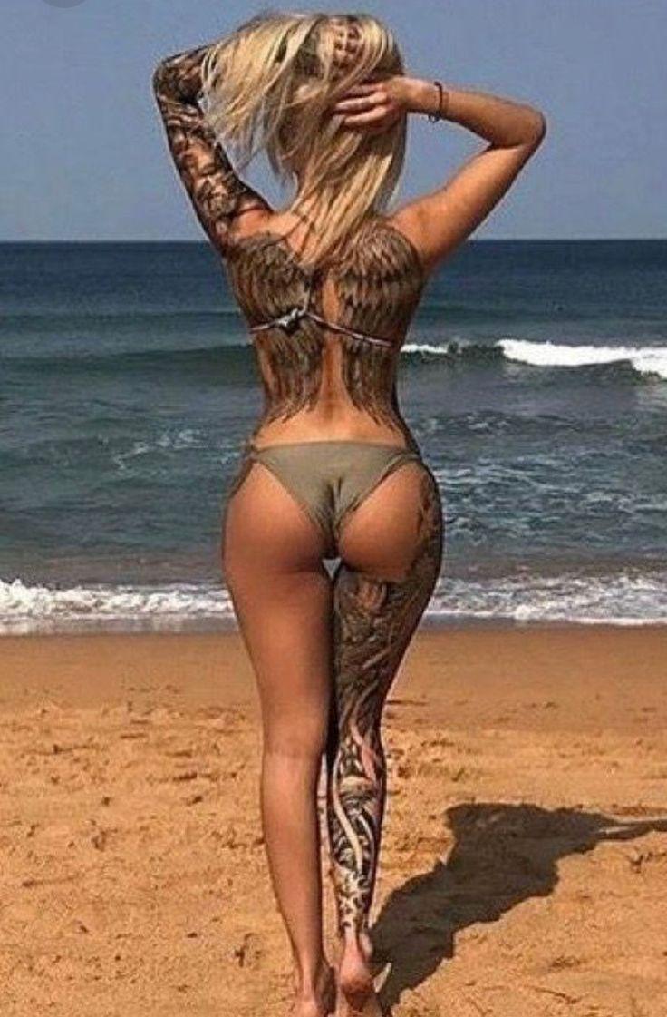 Beautiful nude scene girls