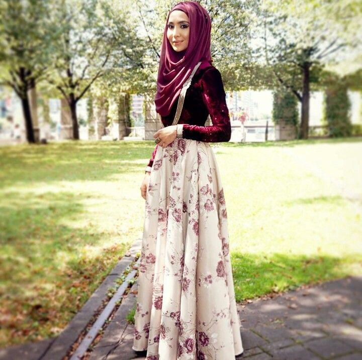 Floral volume skirt and plum top and hijab - check out: Esma <3